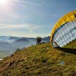 Tandemflug-Start-Erlebnis-Freizeit-Gleitschirm-Paragleiter-Chiemgau