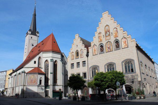 rathaus_mit_frauenkirche-(2)
