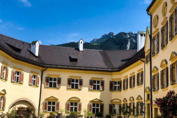 Schlosshohenaschau_innenhof