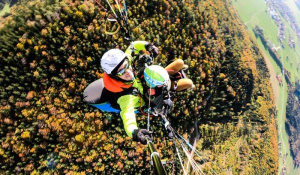 Schnupperflug_All_inclusive_Herbst_Autum_Paragliding_Tandemflug_Chiemgau